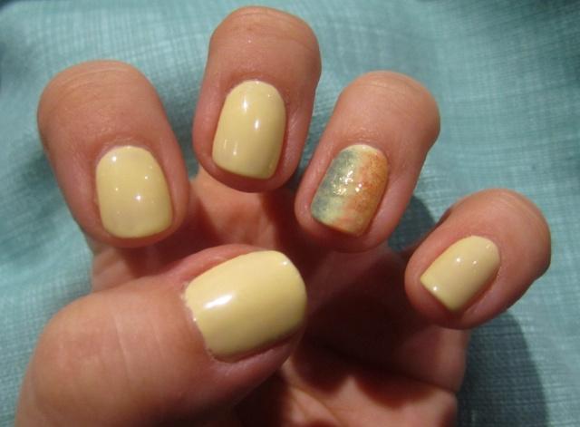 Shellac Sun Bleached w/ accent nail